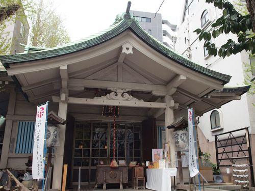 銀杏岡八幡神社 - 源頼義・義家の逸話が起源と伝わる浅草橋の八幡さま