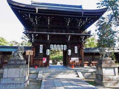 応仁の乱勃発の地であり、歴史が動いたその場所は上御霊神社