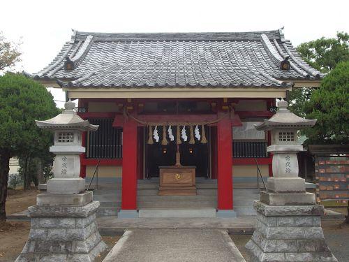若雷神社 - 創建は9世紀後半と伝わる、旧都筑郡吉田村の鎮守