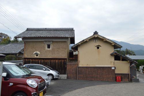 蔵のある風景左0388回 岩倉 浄念寺 付近