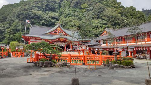 秋分の日の津和野太皷谷稲成神社