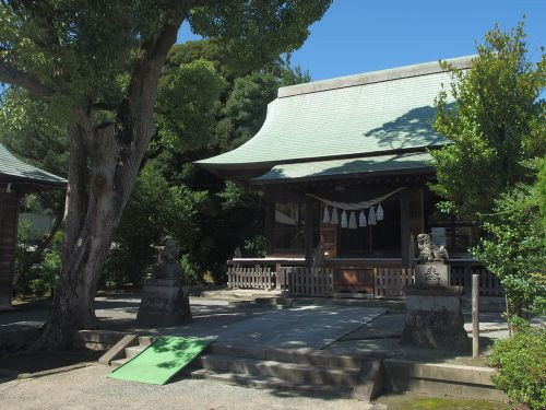 五社稲荷神社(鎌倉市岩瀬) - 鎌倉時代初期創建・佐竹氏の旧臣・岩瀬氏によって創建された神社