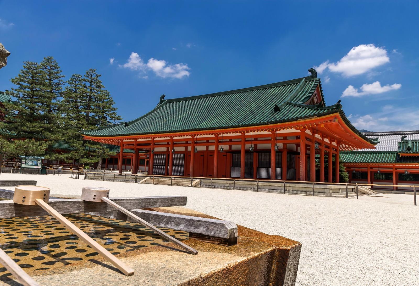 新宿のオアシス★パワースポットの公園発見!新宿中央公園 十二社熊野神社